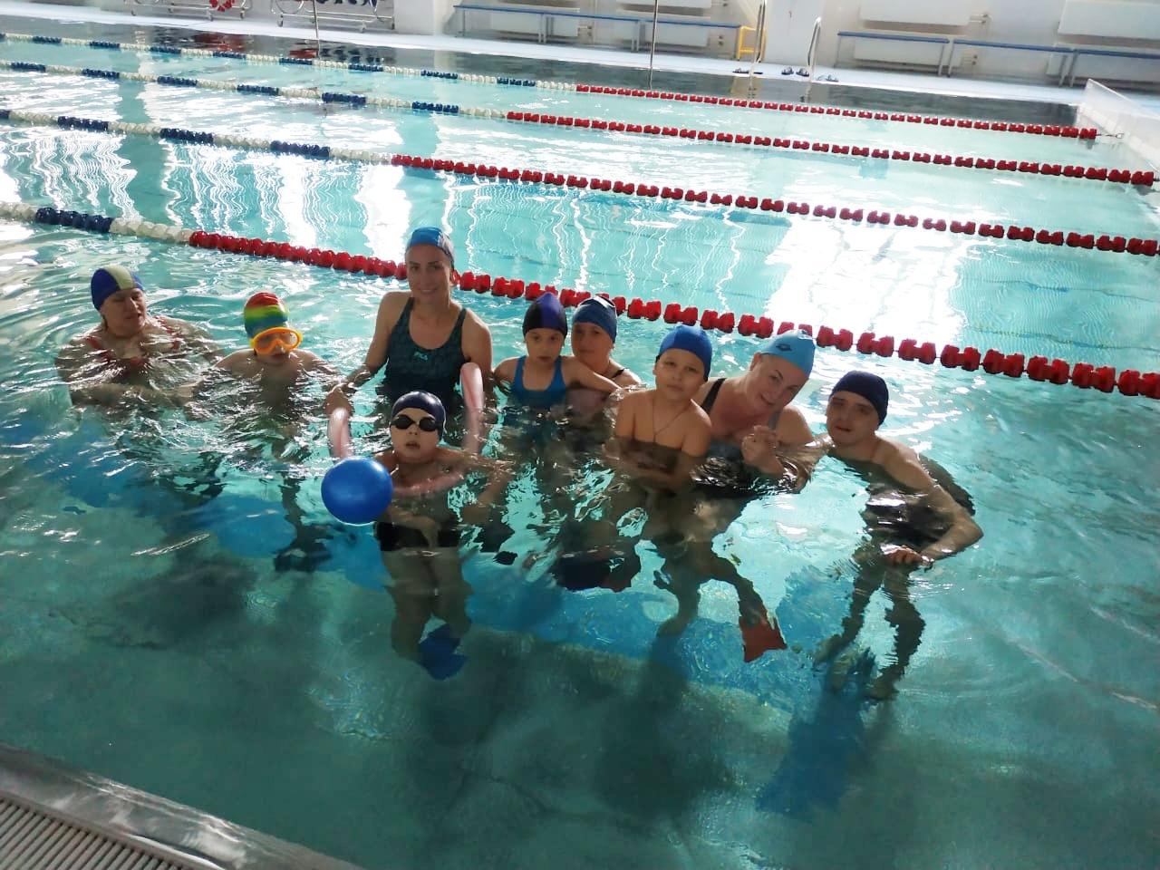30 мая в бассейне прошло спортивное мероприятие, посвященное Дню защиты детей, для детей с ограниченными возможностями.
