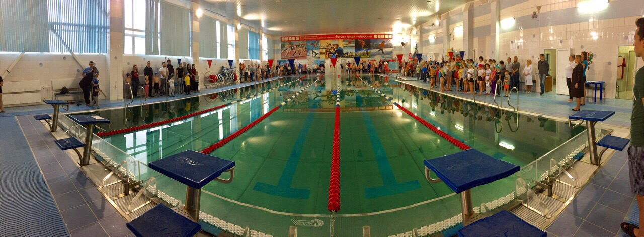 26 декабря в бассейне МУ «СЦ им. А. Гринина» прошли соревнования по плаванию «Праздник Деда Мороза»