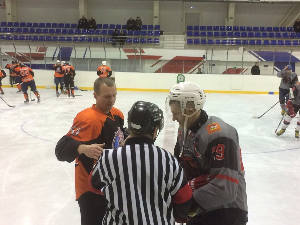 21 и 22 декабря прошли игры 16 тура Чемпионата Любительской Коломенской хоккейной лиги сезона 2019/2020