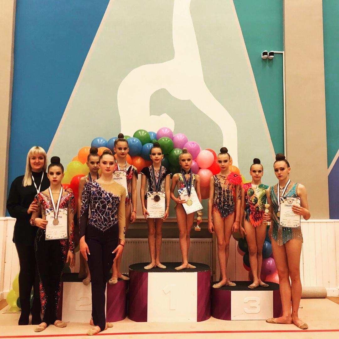 23-24 ноября наши гимнастки приняли участие в Первенстве Якутии по художественной гимнастике.