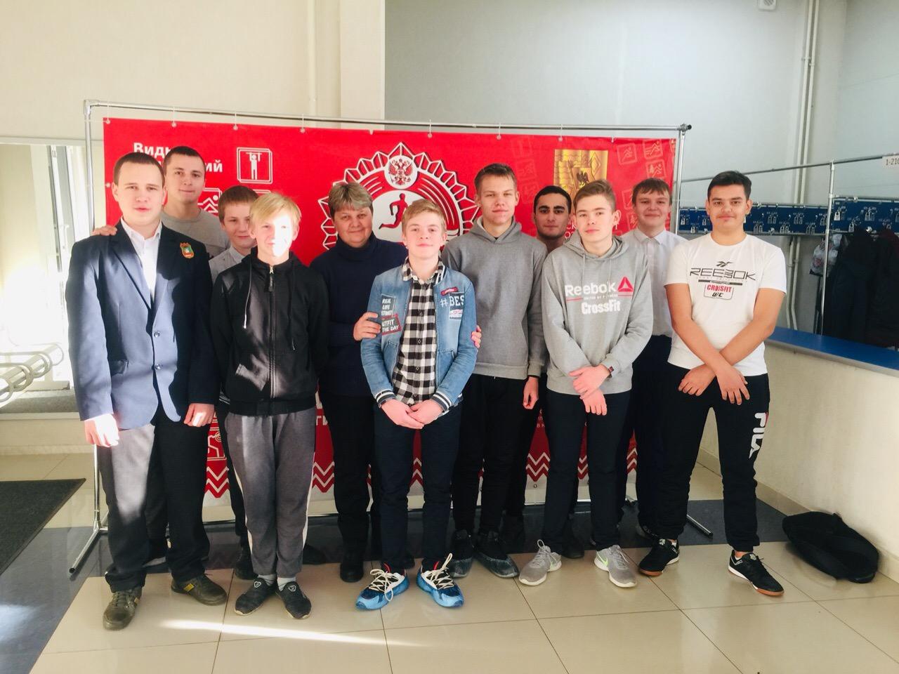 25 ноября 2019 года на базе МУ «СЦ им. А. Гринина» учащиеся 9х классов МБОУ СОШ №6 выполнили нормативы ВФСК ГТО IV и V ступени.