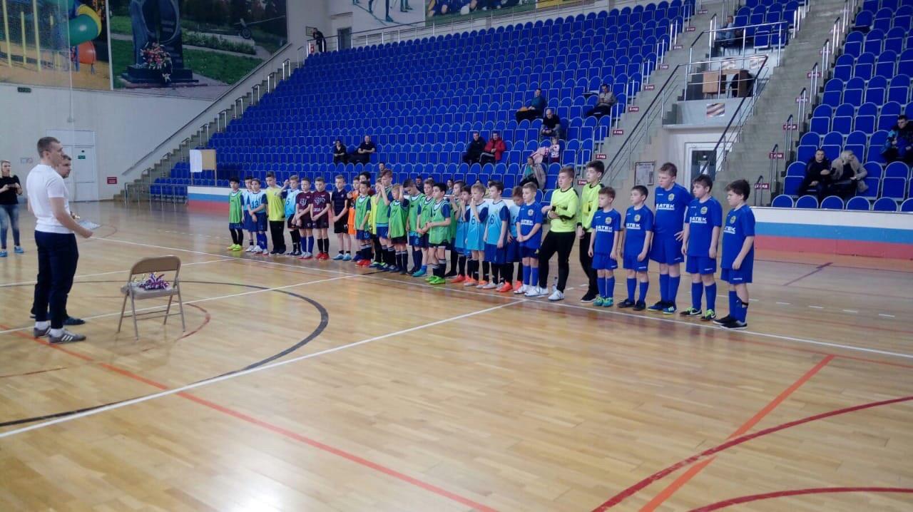 22 февраля на базе МУ «СЦ им. А. Гринина» состоялся турнир по мини — футболу, посвященный «Дню защитника Отечества».