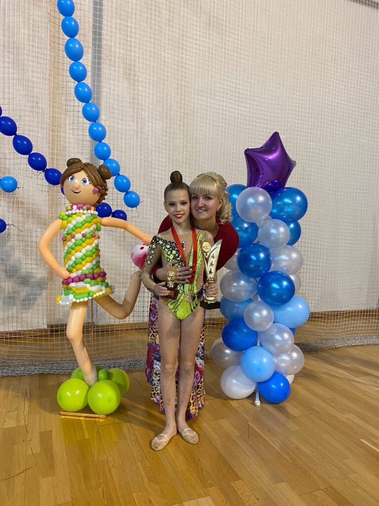 21 ноября на базе МУ «СЦ им. А. Гринина» прошло открытое Первенство г.о. Озёры по художественной гимнастике «Звёздный час».
