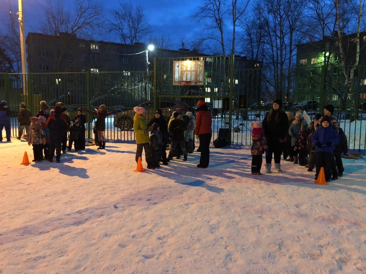 06 января на многофункциональной площадке кв. «Текстильщики» состоялось спортивно — массовое мероприятие для детей.