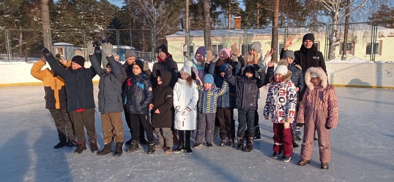 18 февраля состоялось спортивно-развлекательное мероприятие «Зимние забавы», посвящённое Дню зимних видов спорта России.