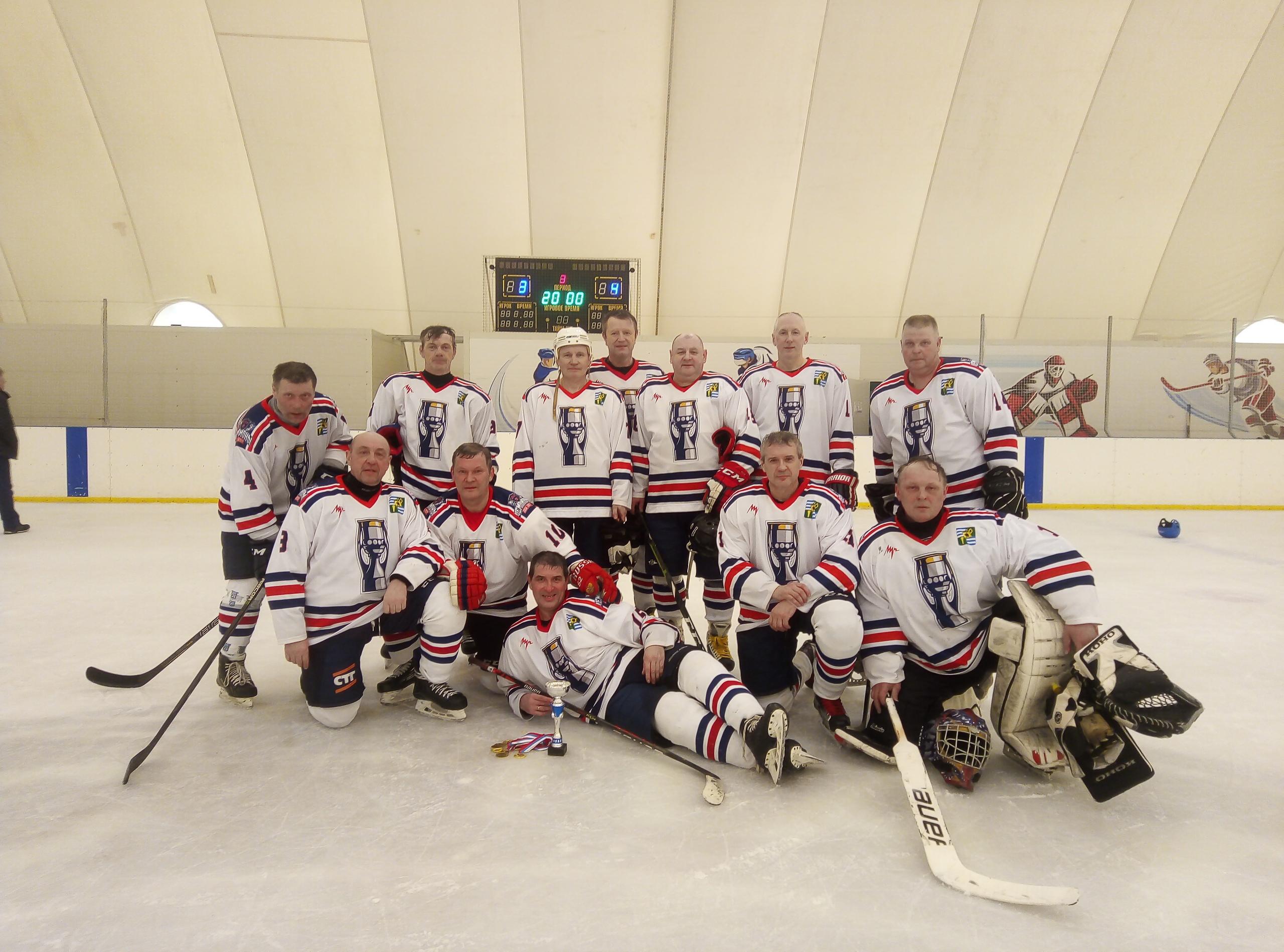 С сентября 2020 г. по март 2021 г. на ледовых аренах Московской области проходили игры Открытого первенства Юго-Востока Московской области по хоккею среди команд ветеранов категории 50+, сезон 2020-2021 г.г.