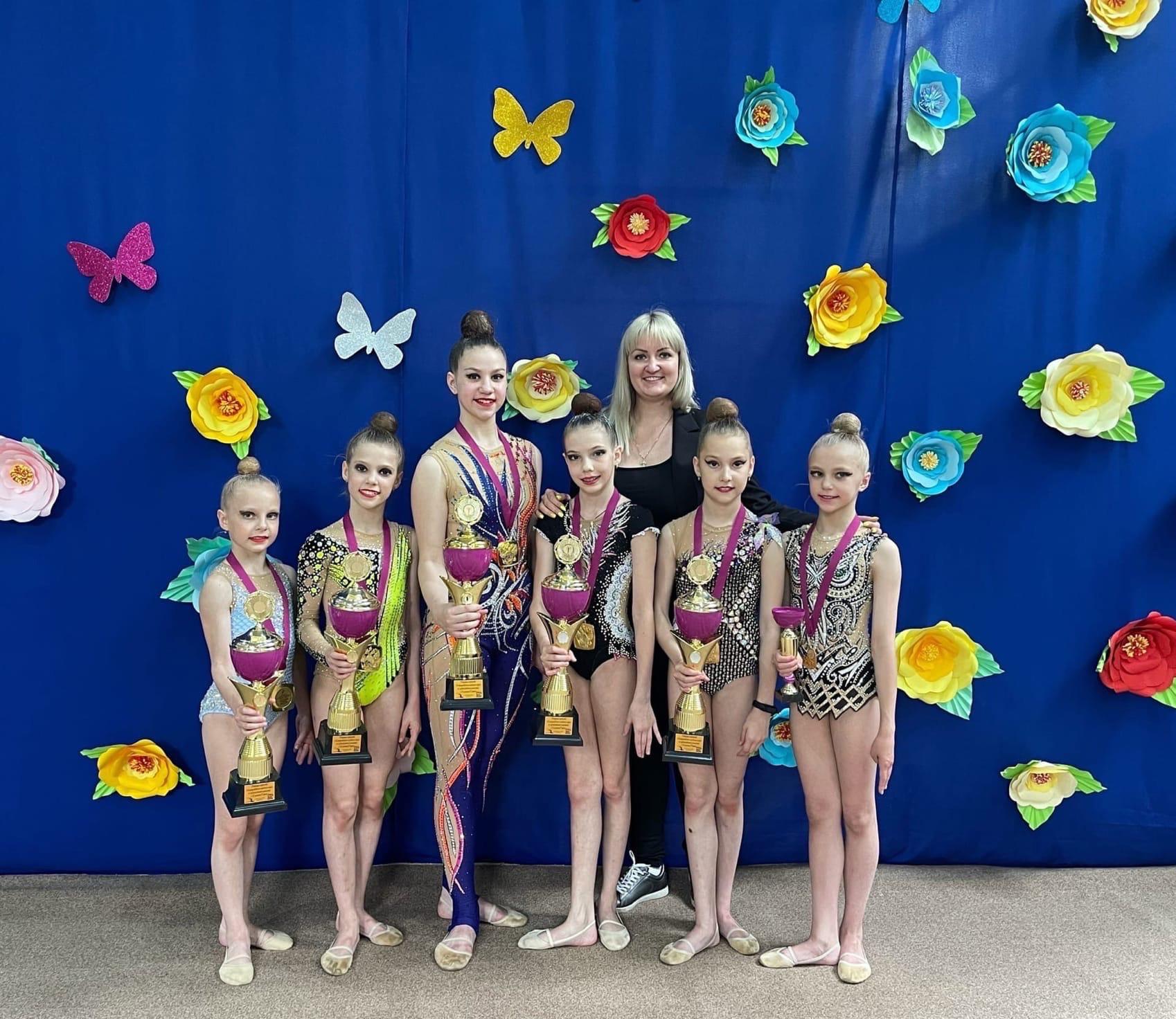 4-6 июня в г. Минеральные воды прошло открытое Первенство на призы Главы Минераловодовского района по художественной гимнастике.